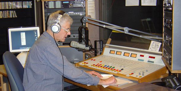 Bill Eberle plays the old time radio shows